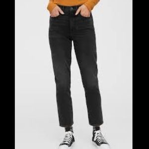 GAP mom jeans high rise black crop ankle denim 28